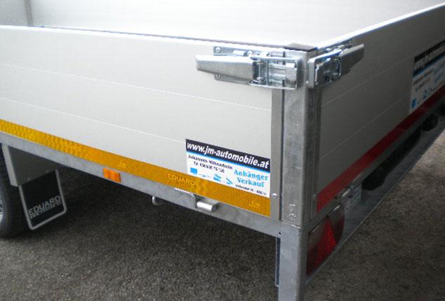 Multitransporter, Universaltransporter EDUARD, Ansicht schräg hinten, Boardwand