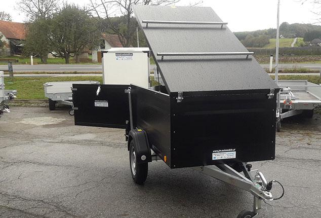 Kofferanhänger TPV, PKW-Anhänger, Kofferanhänger geöffnet, Farbe schwarz, Ansicht von vorne, Aufnahme im Freien